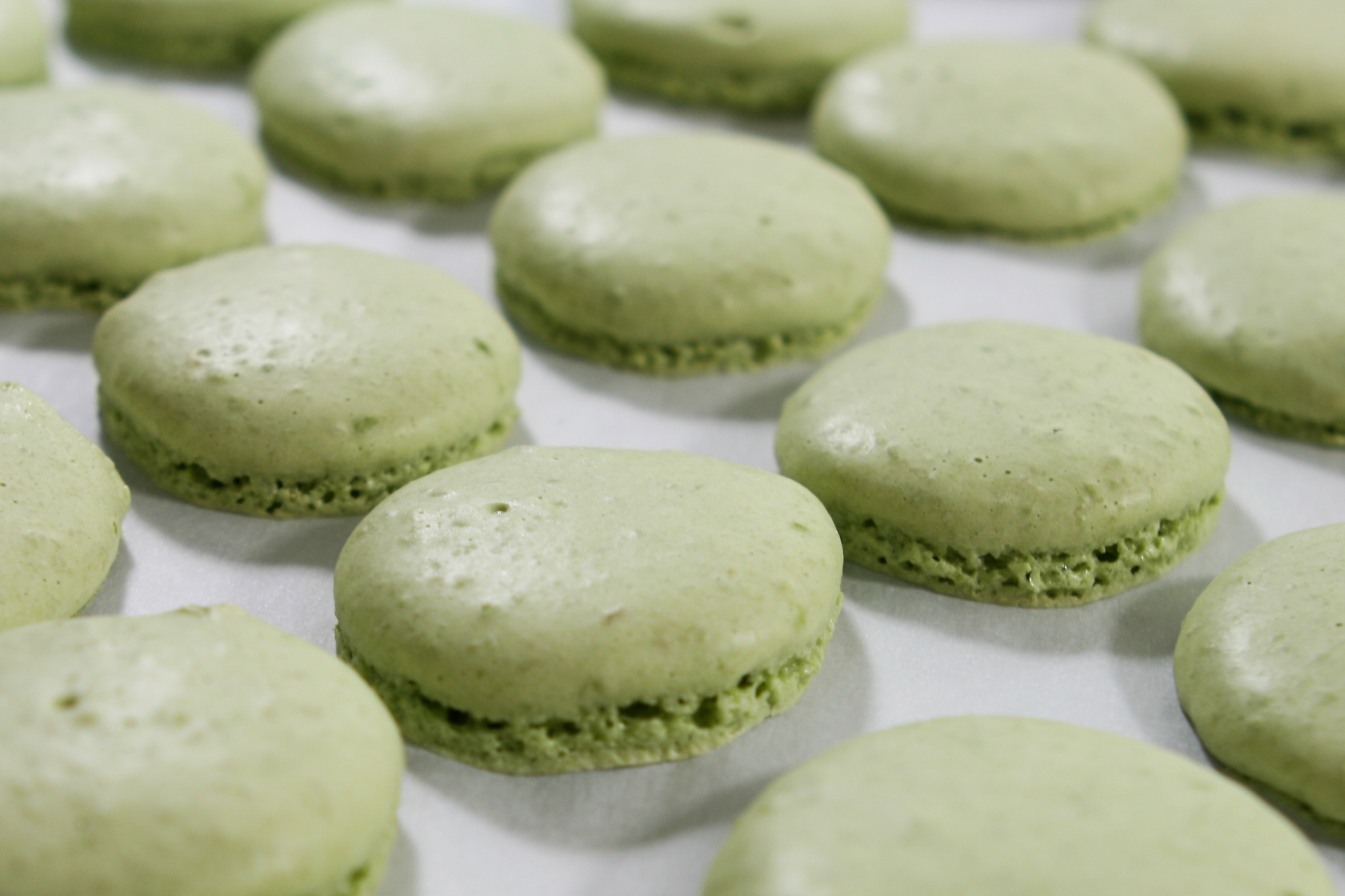Green Tea Guava Macarons | Thirsty for Tea