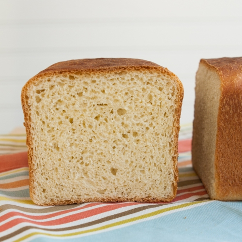 Asian White Bread (Asian-Style Pain de Mie)